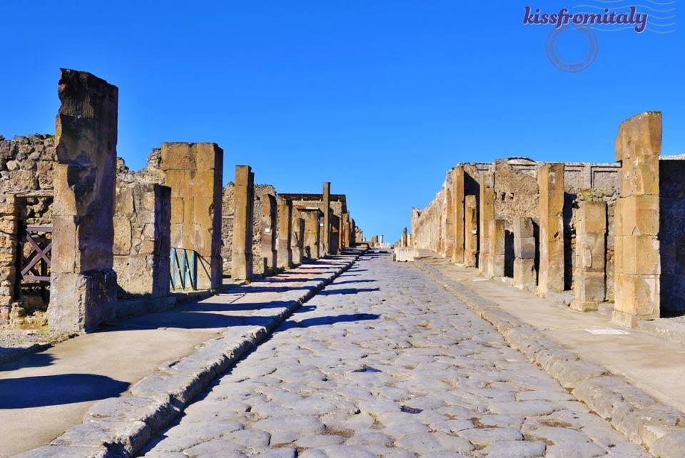 Pompeii Tour From Naples  KissFromItaly  Italy Tours